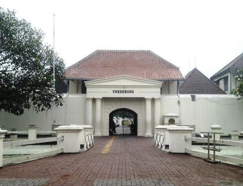 Telusur Jejak Sejarah di Benteng Vredeburg