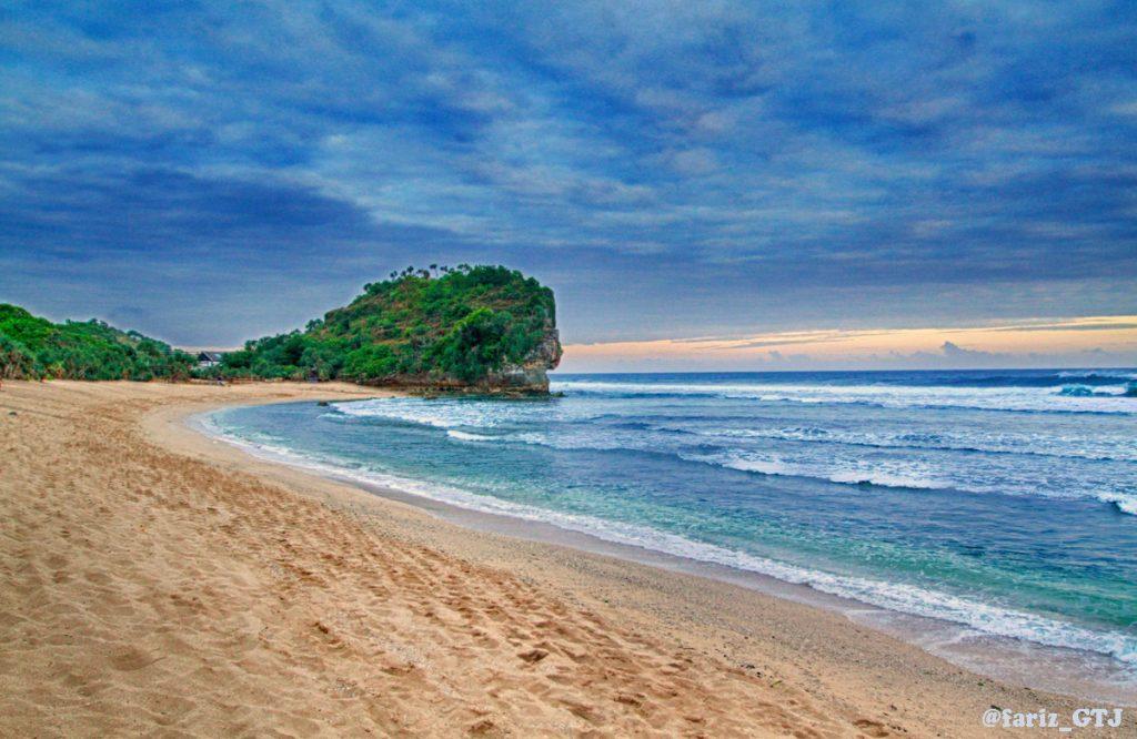 Pantai Indrayanti (5)