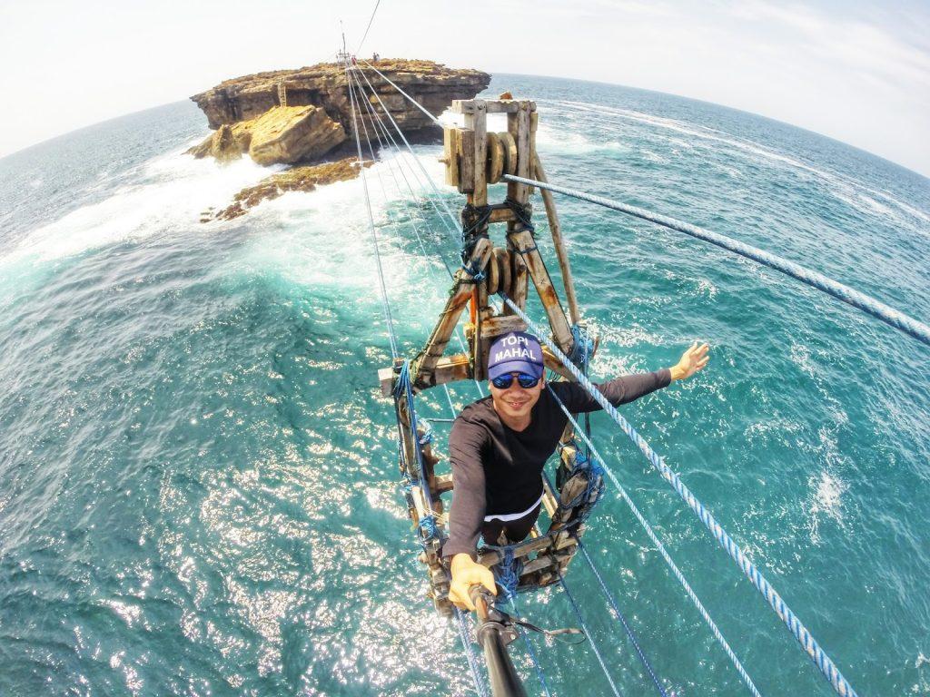 gondola-timang-beach-1