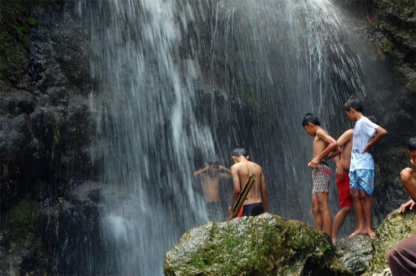 Air Terjun Sri Gethuk (2)