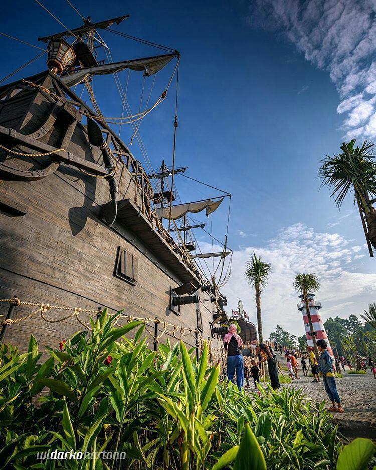 Jogja Bay Pirates Kapal Bajak Laut
