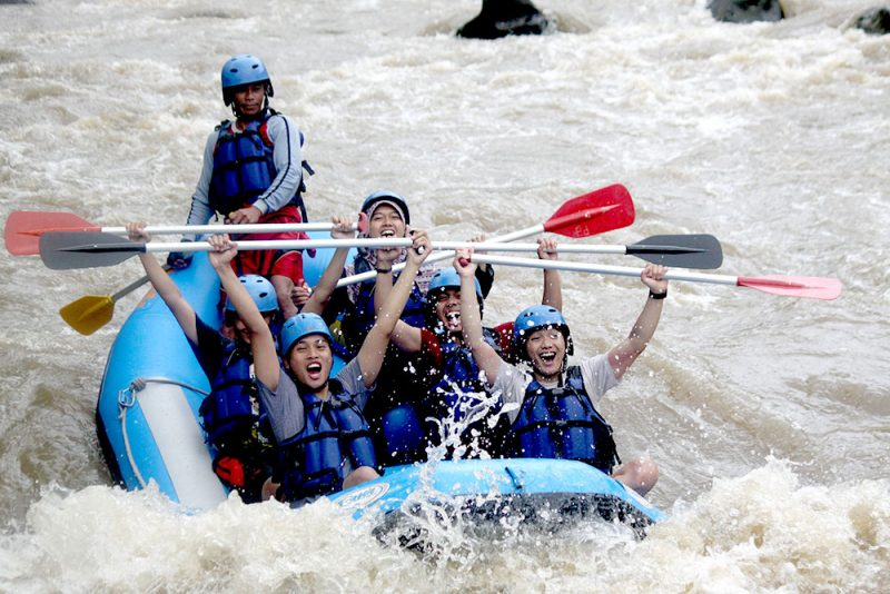 rafting-sungai-elo