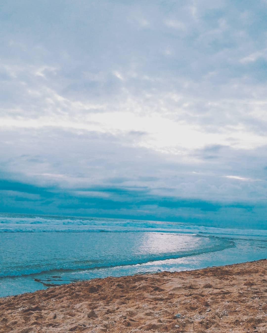 pesona pantai sepanjang (2)