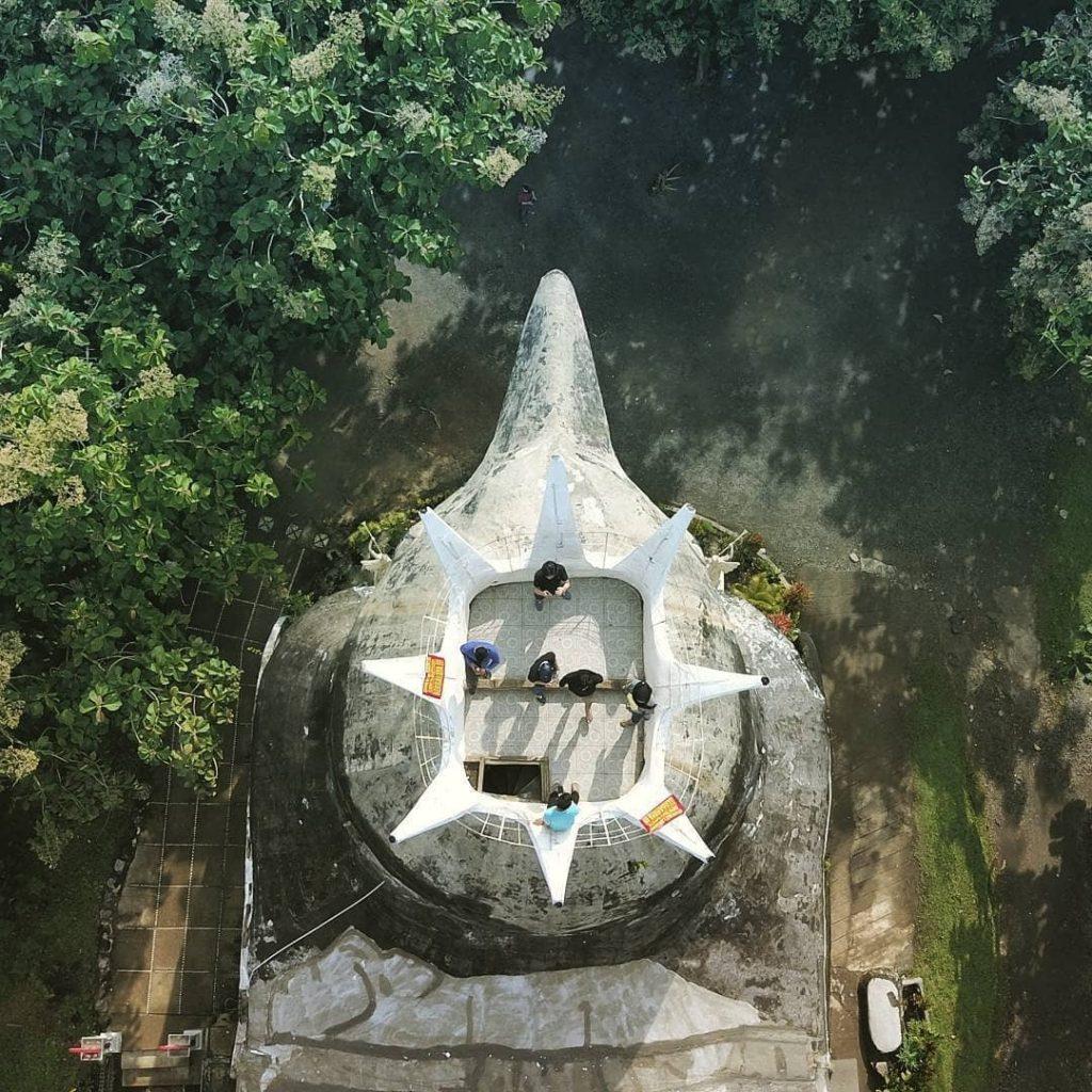 gereja ayam drone