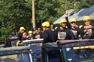 amazing race lava tour (1)