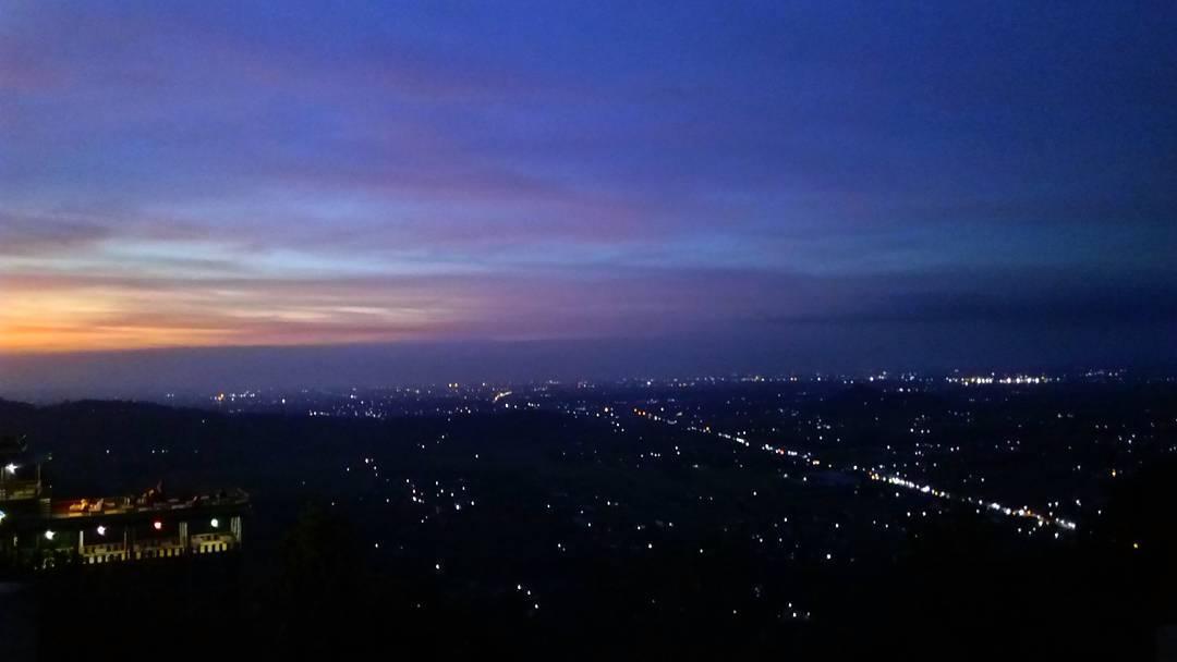 Bukit Bintang, Tempat Romantis untuk Nongkrong