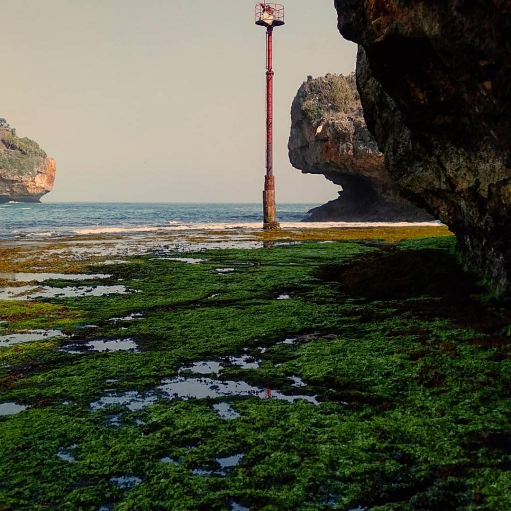 keindahan-pantai-gesing