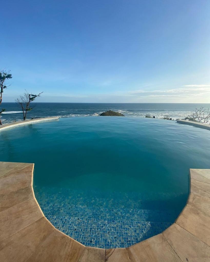 swimming pool south shore jogja